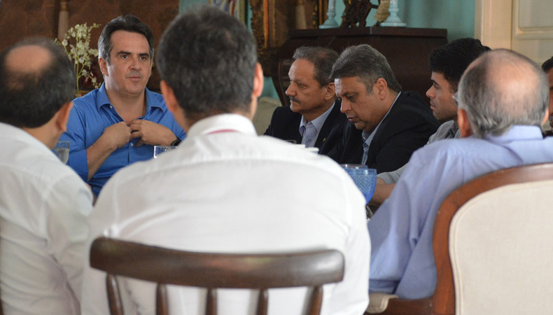 Reunião com integrantes do partido